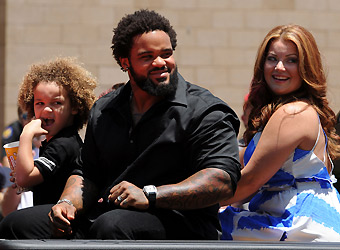 Cecil Fielder Wife http://ahotmama.com/2011/07/14/prince-fielder-bood-in-front-of-kids/