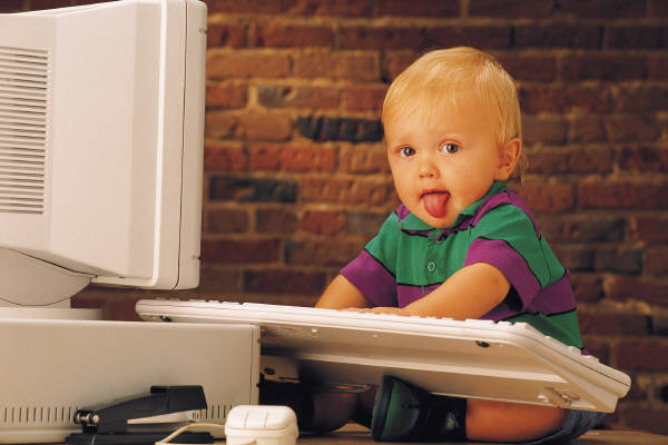 [Slika: kid-on-computer.jpg]