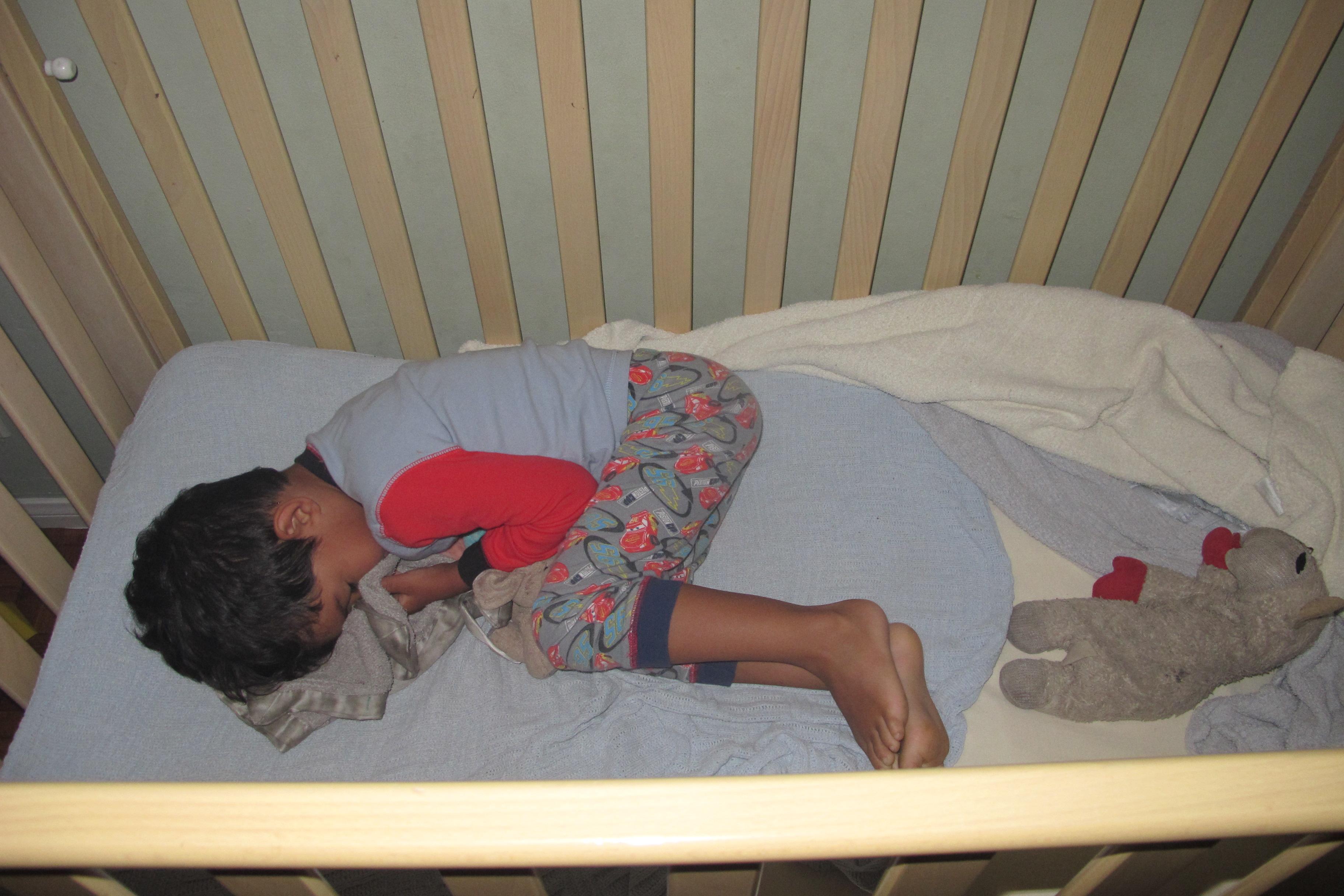 My 4 Year Old Sleeps In A Crib A Hot Mama